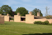Fredensborghusene, Fredensborg