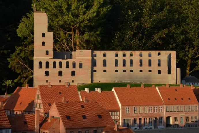 Koldinghus Slotsruin 2012 ... skala 1:10 i Kolding Miniby
