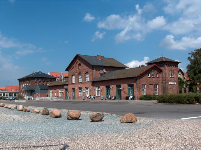 Assensbanen, Assens