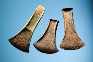 Tre bronzeøkser fra Lille Åmose