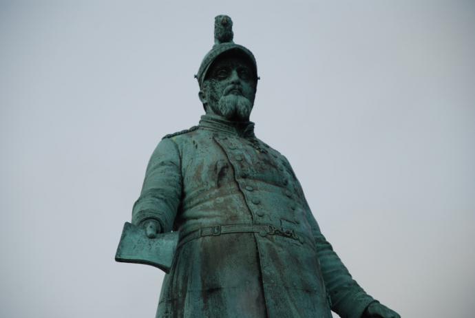 Køge statue på torvet