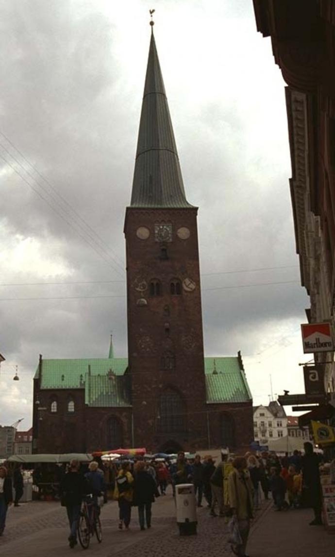Århus Domkirke front