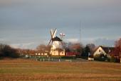 Årsdale Mølle i landskabet