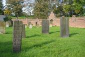 En halv gravsten