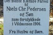 Bows Nielses mindesten på Biersted Kirkegård