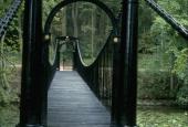 Brahesborg hængebro fra land