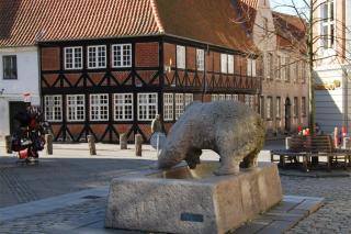 Czarens Hus og Bjørnebrønden