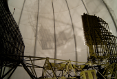 Radarantenne i tårn