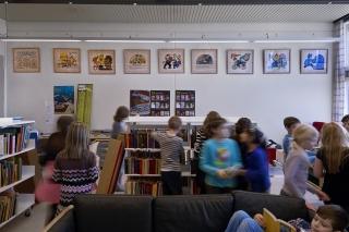 Henry Heerups litografier på Skallebølle Skoles bibliotek