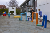 Willy Ørskov's sculptures outside Stadsbiblioteket in Lyngby