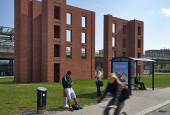 Per Kirkebys murstensskulptur i Ørestaden