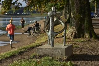"Sonja Ferlov Mancoba's ""Effort Commun"" at the lakes in Copenhagen"