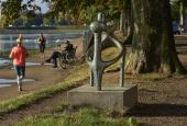 """Sonja Ferlov Macobas """"Effort Commun"""" ved søerne i København"""