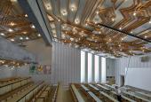 Henning Damgård-Sørensens loftsudsmykning i konferencesalen på den tidligere LO-skole