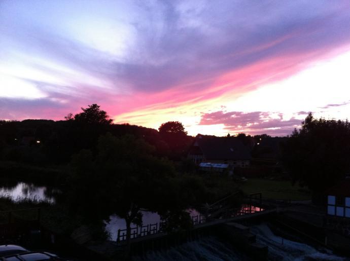 Aftenlys over møllen
