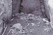 Jættestuekammeret under udgravning