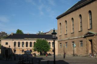 Frue Plads med Metropolitanskolen og Frue kirke