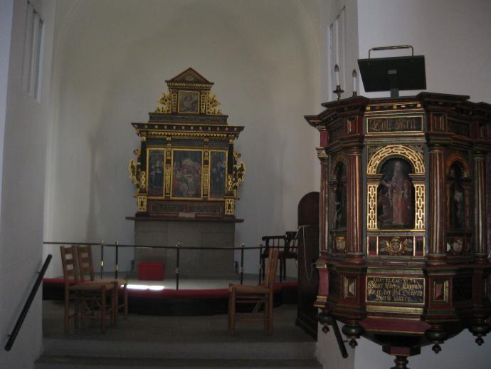 Bjernede Kirke inden i