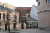 Frue Plads med Metropolitanskolen, C.F. Hansens gymnastikhus og kirkens apsis