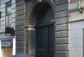 Københavns Råd- og Domhus, port ved Frederiksborggade-1