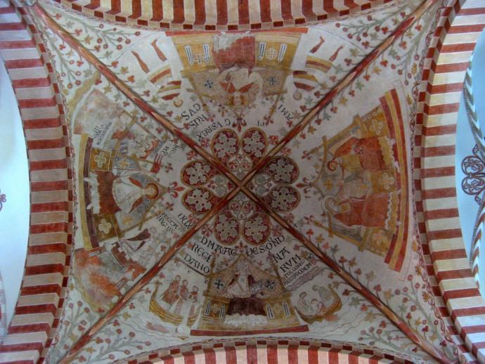 Skt. Bendts Kirke, kalkmaleri i korsskæringen