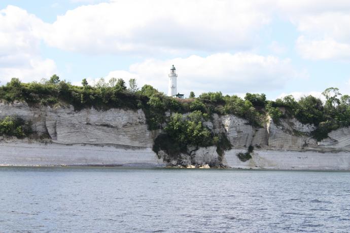 Kystudkigshytten på Stevns set fra havet