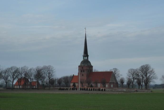 Kippinge Kirke på afstand