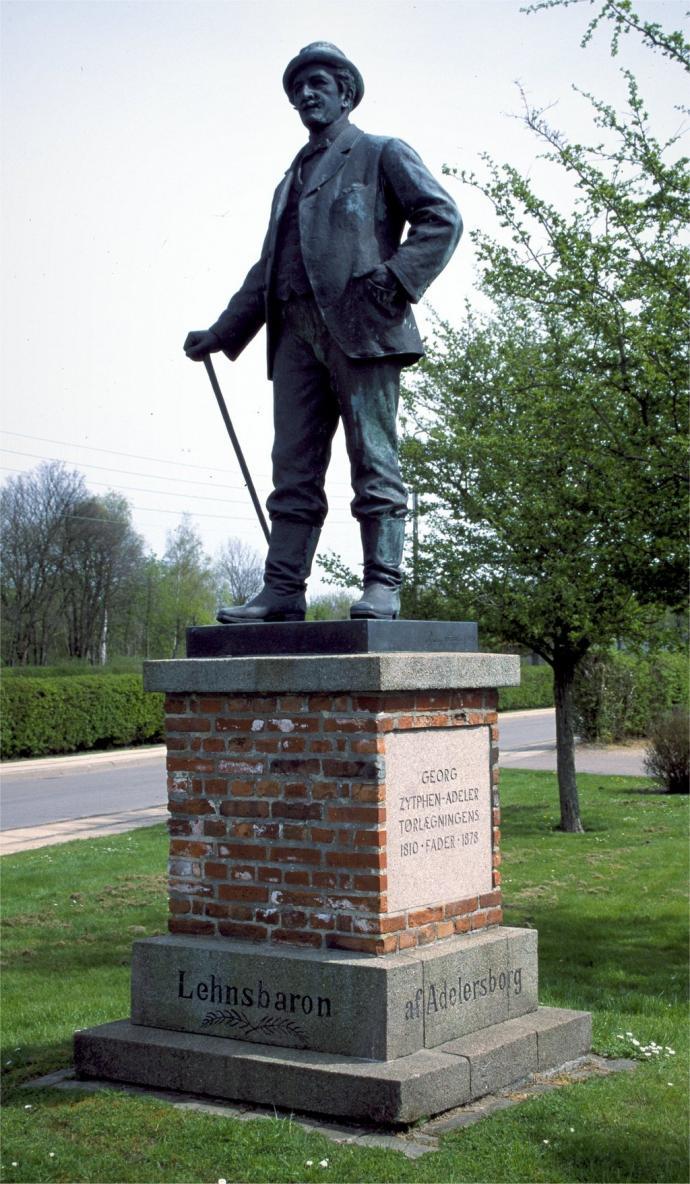 Statue, Zypthen-Adeler