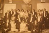 Knudsen vært for nobelpristagere Madame Curie, Niels Bohr m.fl.