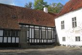 Østrupgaard fra gårdspladsen