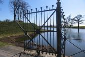 Charlottenlund Fort. Broen til fortet.