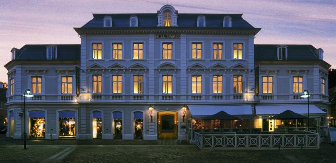 Hotel Prindsen by night