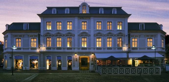 Hotel Prindsen by night