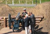 Prins Henrik indvier en ny 3 pd. kanon