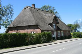 Hus ved digevejen mellem Rudbøl og Højer