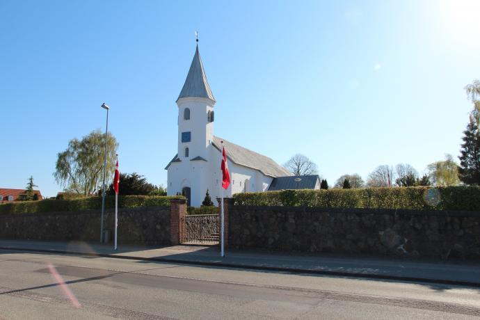 Kirken med flag
