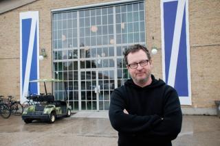 Instruktør Lars von Trier i Filmbyen Avedøre