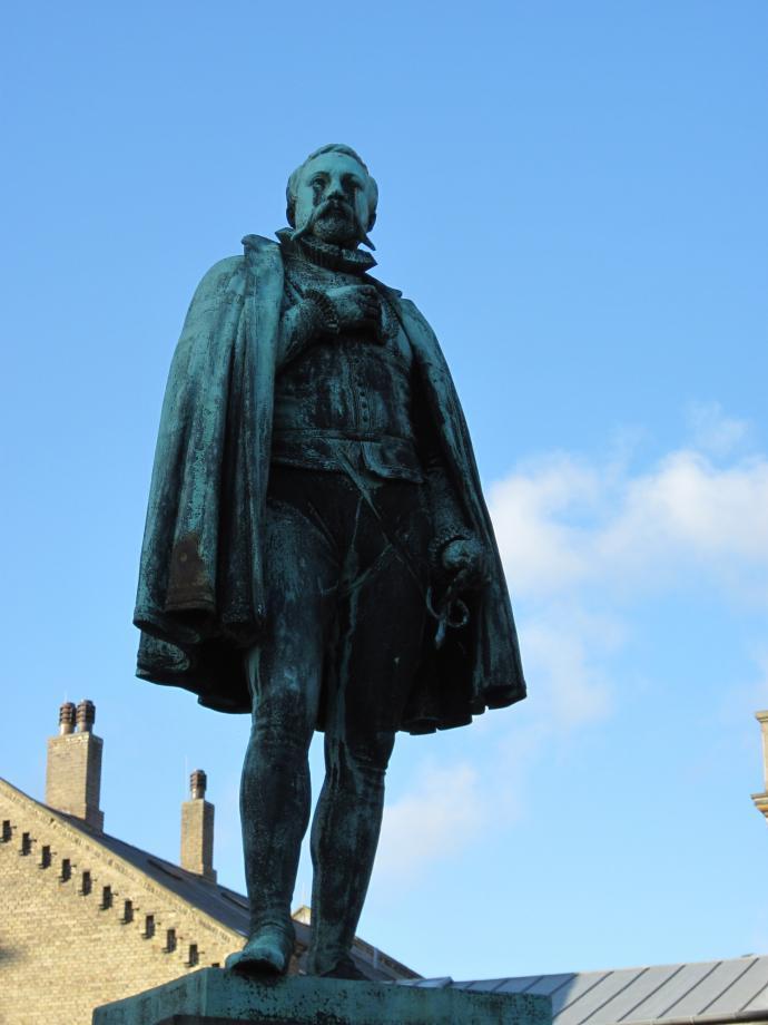 Bronzestatue af Tycho Brahe